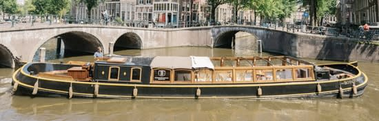 "<span class=""translation_missing"" title=""translation missing: en.feedback.index.thumb_alt, name: Canal barge Bota Fogo"">Thumb Alt</span>"