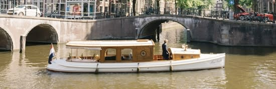 "<span class=""translation_missing"" title=""translation missing: en.boats.show.thumb_alt, name: Canal boat Marie Zurlohe"">Thumb Alt</span>"