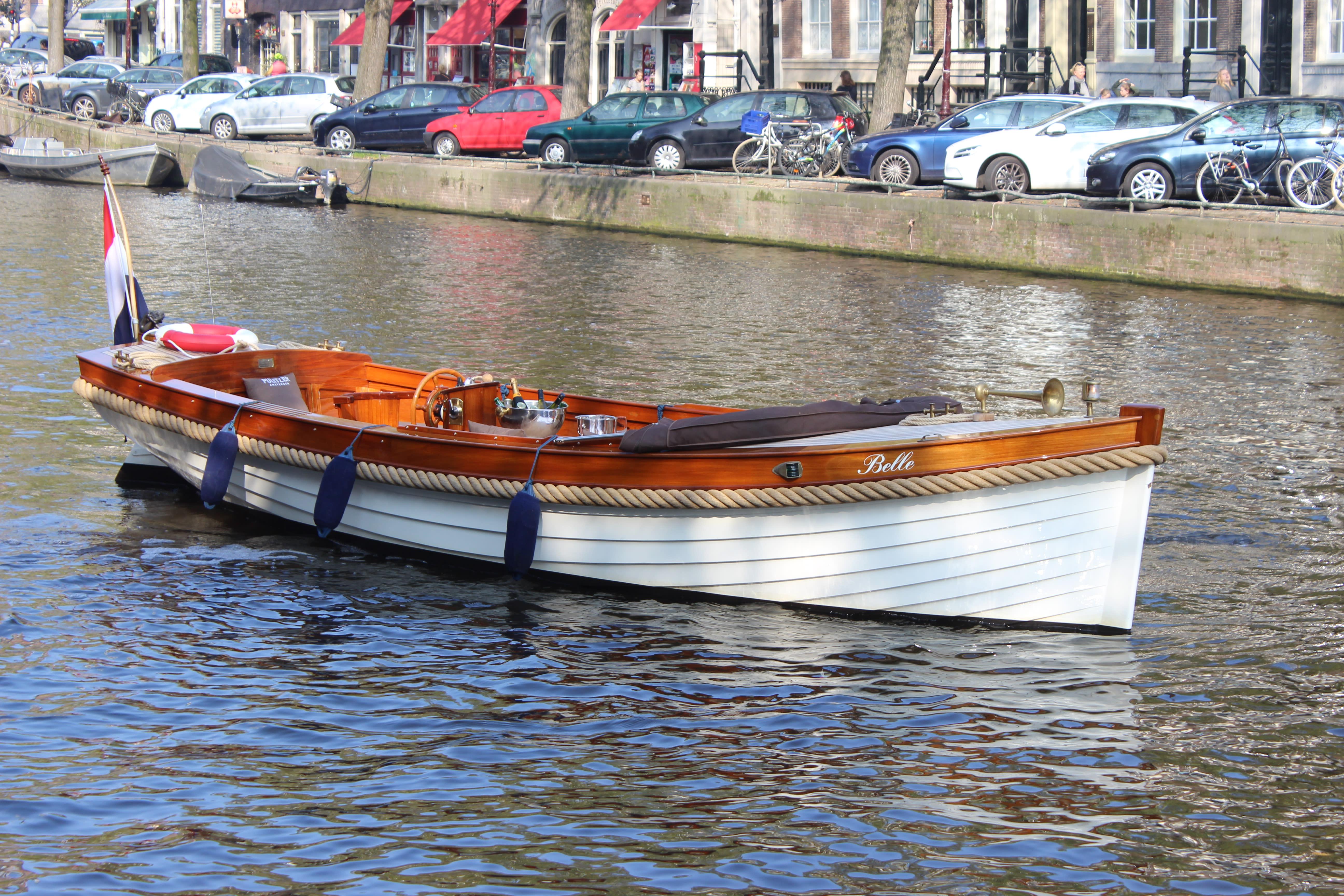 "<span class=""translation_missing"" title=""translation missing: en.boats.show.thumb_alt, name: Open boat Belle"">Thumb Alt</span>"