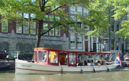Canal boat Griffioen Amsterdam