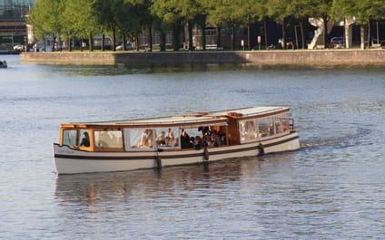 Salonboot Old Queen Amsterdam