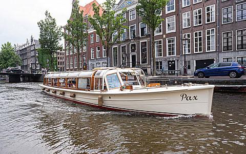 Rondvaartboot Pax Amsterdam