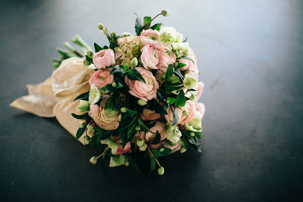 Southern New England Weddings | Floral Friday: Ranunculus Bouquet by Nectar is a Vintage Charmer