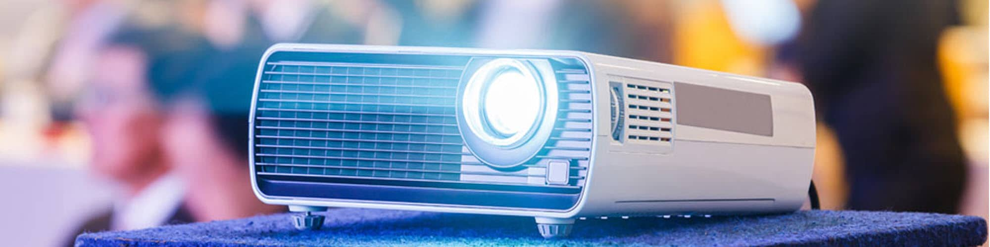 10 Best Projectors Under $500 – Buying Guide 2019