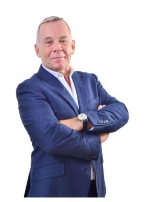 Martin West