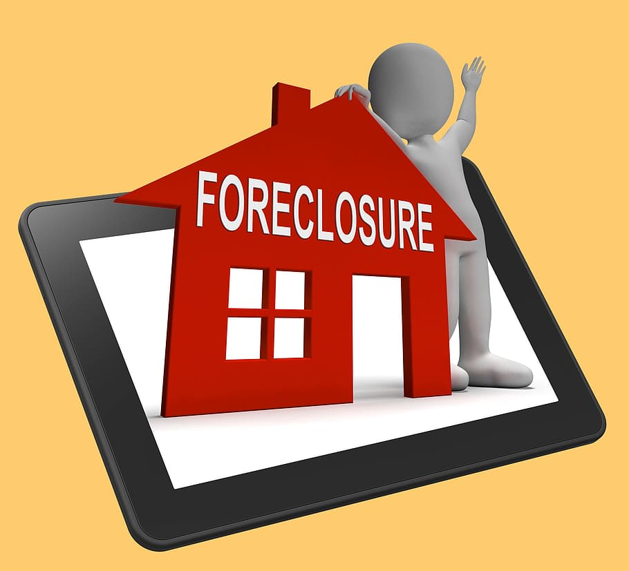 Will My Home Foreclosure Show Up On My Spouse's Credit Report?