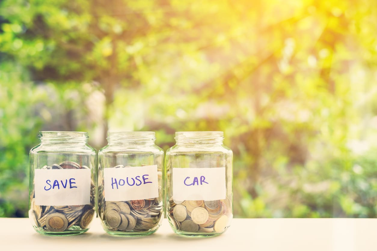 What Are The Benefits of a Savings Account?