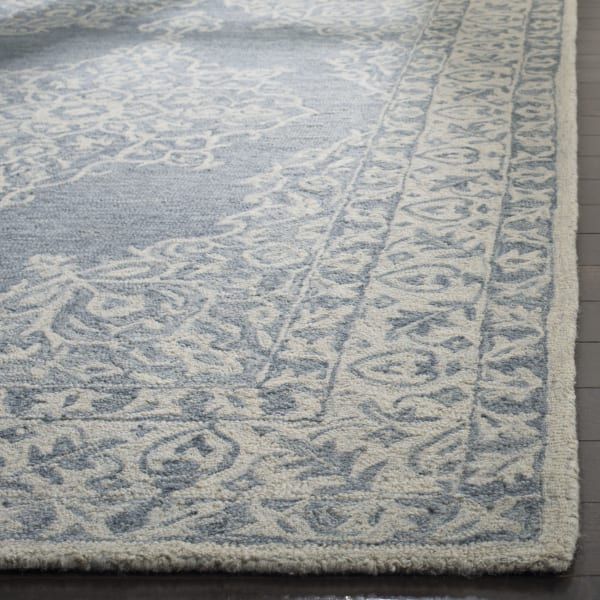 Essence 604 4' X 6' Blue Wool Rug