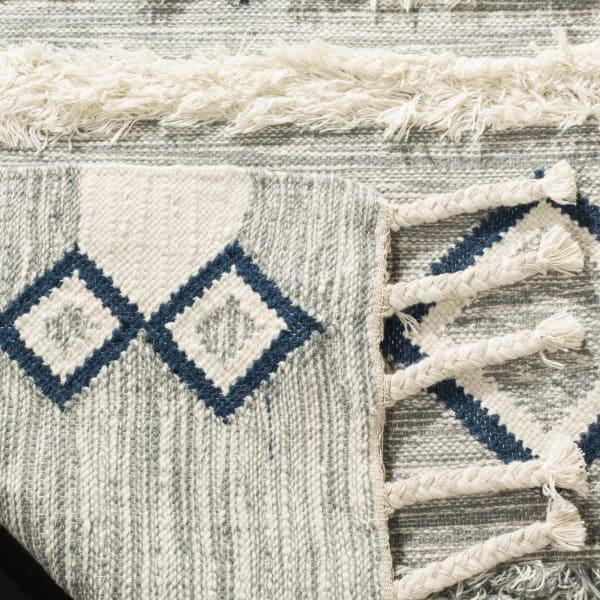 Gypsy 908 8' X 10' Black Wool Rug