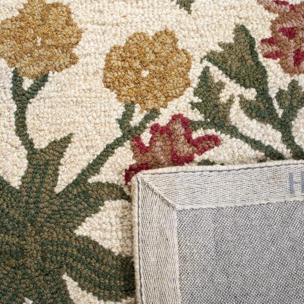 Morgan 151 4' X 6' Tan Wool Rug
