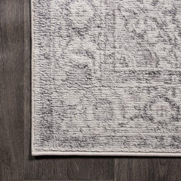 Cottage Medallion Gray/Dark Gray Area Rug
