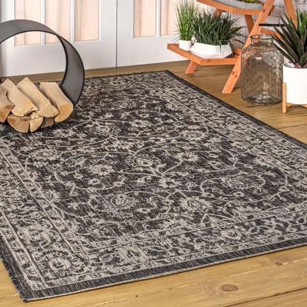 Vine and Border Textured Weave Indoor/Outdoor Black/Gray Area Rug
