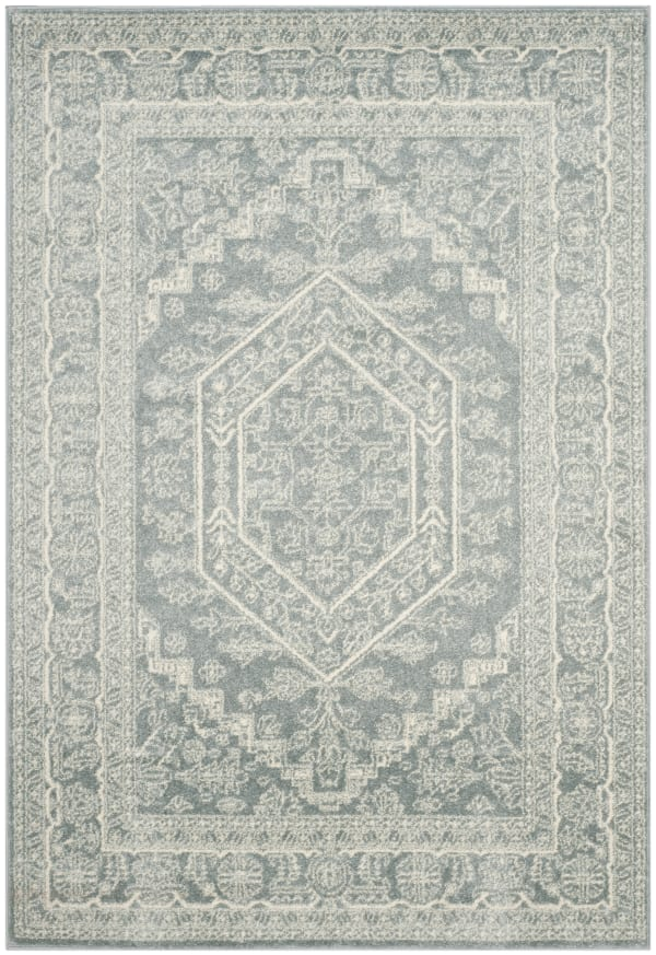 Everest 108 4' X 6' Gray Rug