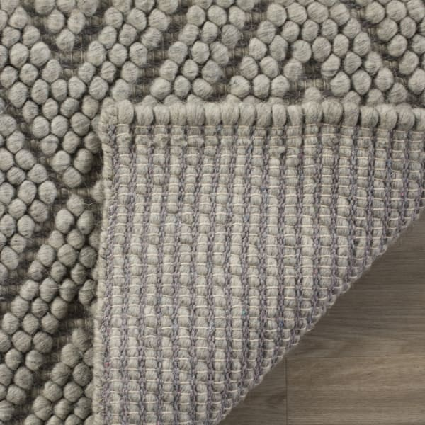 Chipley 623 8' X 10' Silver Wool Rug