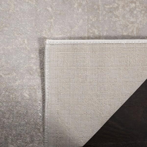 Devlin 621 8' X 10' Gray Polypropylene Rug