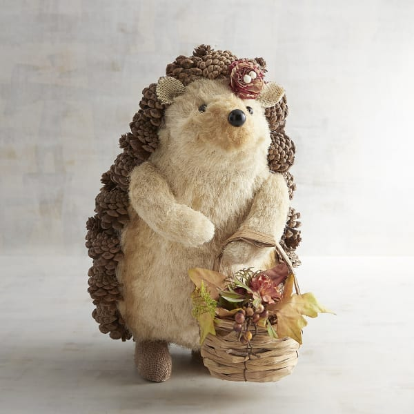 Dinah the Hedgehog with Basket Natural Decor