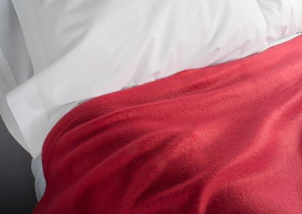 Claret Fleece Blanket King 108x90