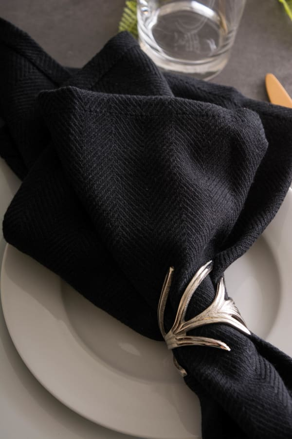 Black Herringbone Basic Napkin (Set of 6)