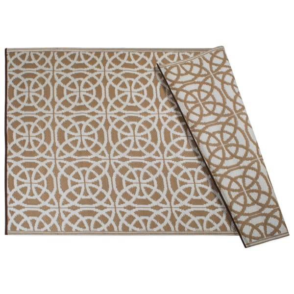 Taupe Infinity Circle Outdoor Rug 4x6-ft