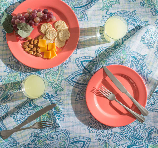 Blue Watercolor Paisley Print Outdoor Tablecloth 60 Round
