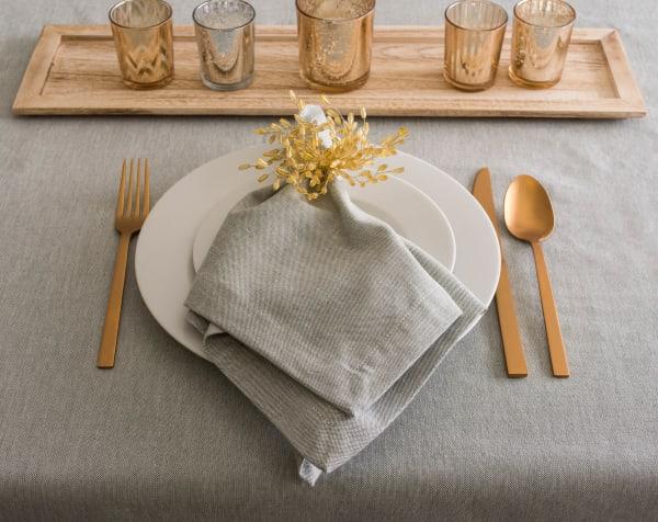 Artichoke Solid Chambray Tablecloth 60x120
