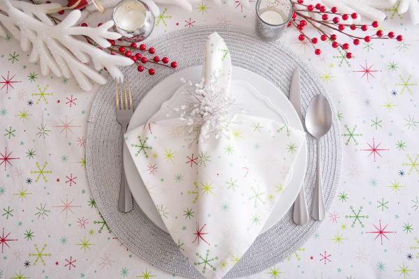 Christmas Star Print Tablecloth 70 Round