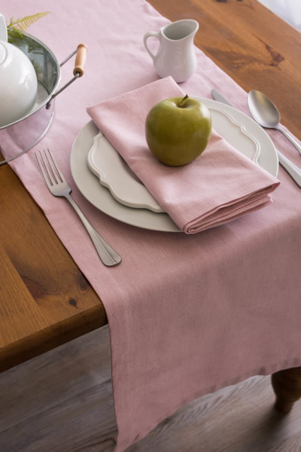 Rose Solid Chambray Table Runner 14x108
