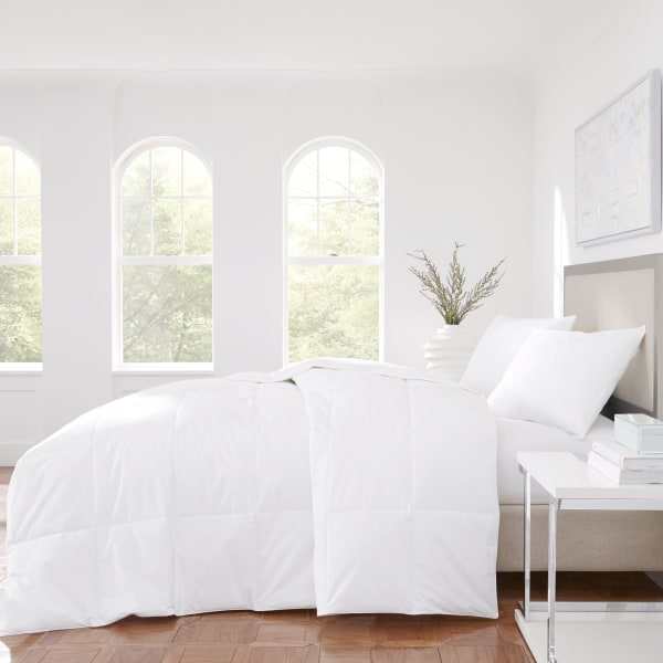 White King No-Quill Feather Comforter