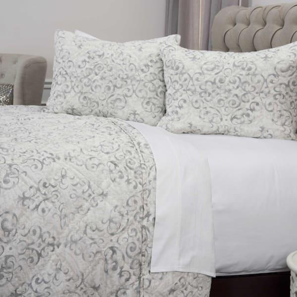 White/Gray 100% Cotton Geometric 68