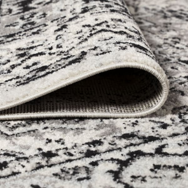 Black and White Cottage Medallion Dark Gray/Cream Area Rug