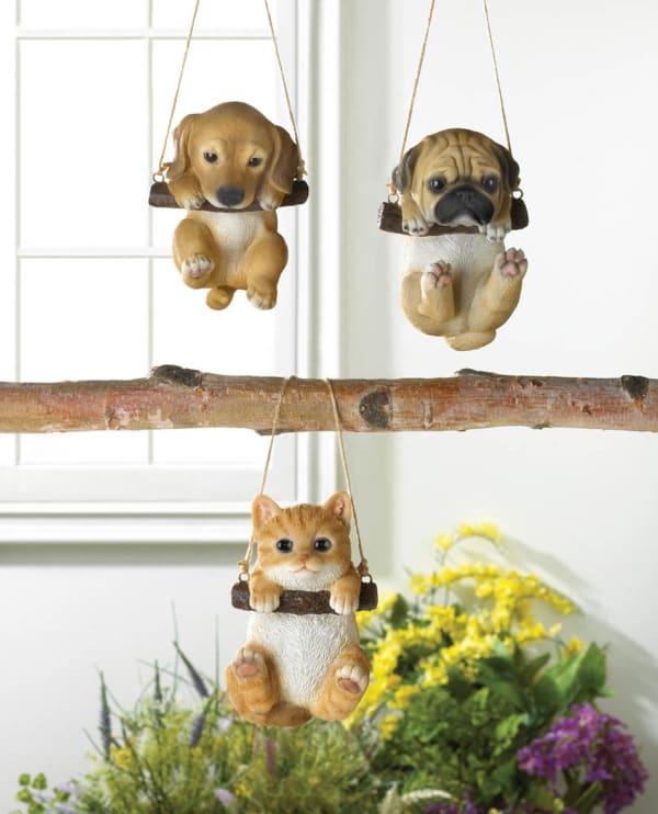 Swinging Puppy Décor