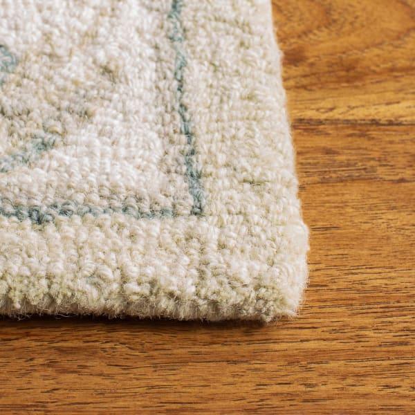 Essence Natural Wool Rug 4' x 6'