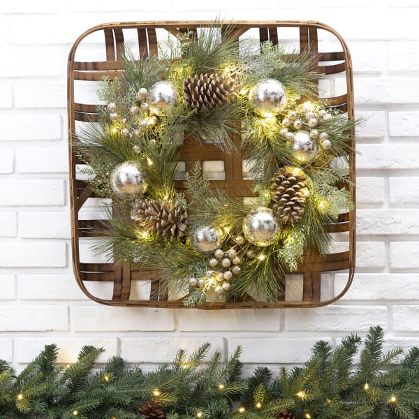 Tobacco Basket with LED Pre-Lit Pinecone and Ornament Wreath