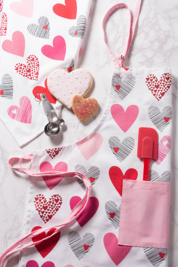 Hearts Collage Printed Dishtowel (Set of 2)