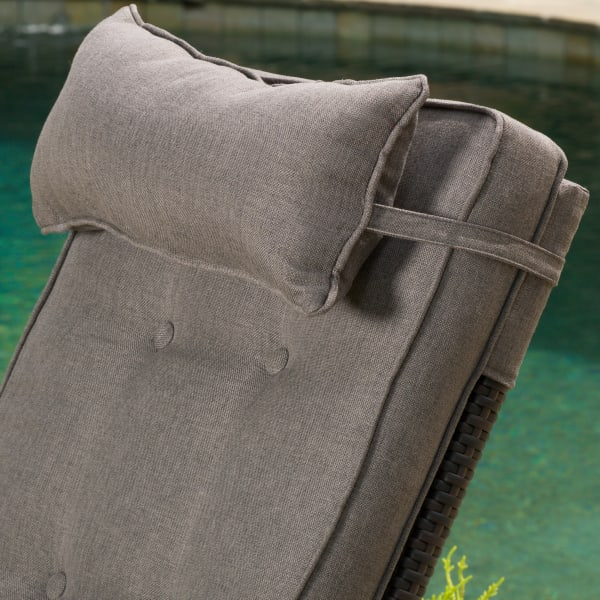Brown Recliner with Cushion