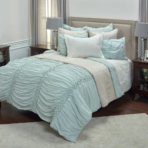 Chelsea Cane Salt Blue King Quilt