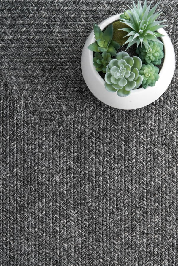 Braided Lefebvre Indoor/Outdoor 8' x 10' Charcoal Rug