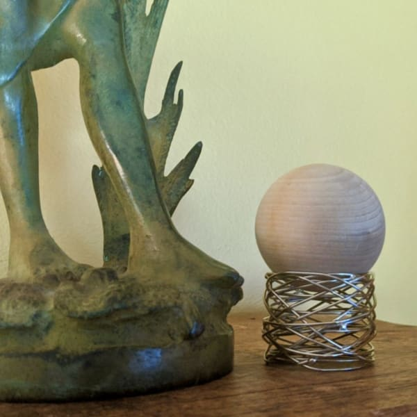 Rhubarb Flower Scented Wood Sphere, Oil Free Diffuser