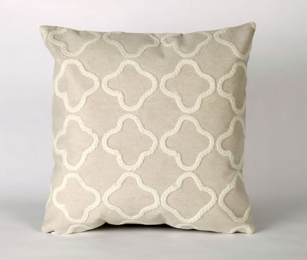 Liora Manne Visions Crochet Tile in White Outdoor Pillow
