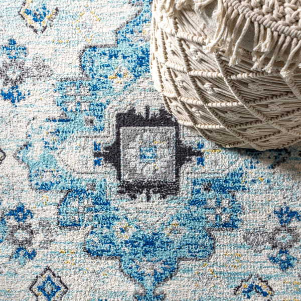 Modern Persian Boho Vintage Medallion Cream/Blue 4' x 6' Area Rug