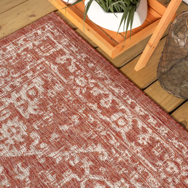 Bohemian Medallion Textured Weave Indoor/Outdoor Red/Taupe 5' x 8' Area Rug
