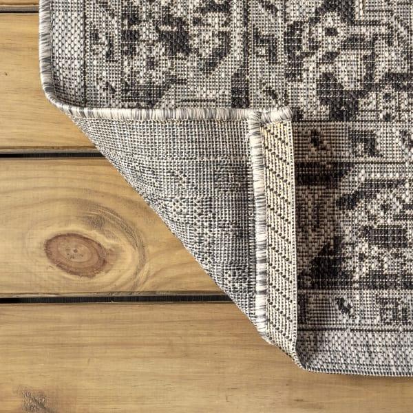 Boho Medallion Textured Weave Indoor/Outdoor Gray/Black 8' x 10' Area Rug