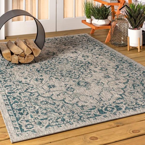 Boho Medallion Textured Weave Indoor/Outdoor Gray/Teal 8' x 10' Area Rug