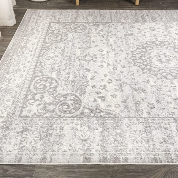 Ornate Bohemian Medallion Gray/Cream 5' x 8' Area Rug