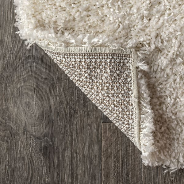 Shag Plush Cream 5.25' x 7.5' Area Rug