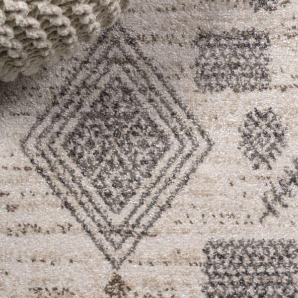 Berber Diamond Geometric Beige/Gray Area Rug