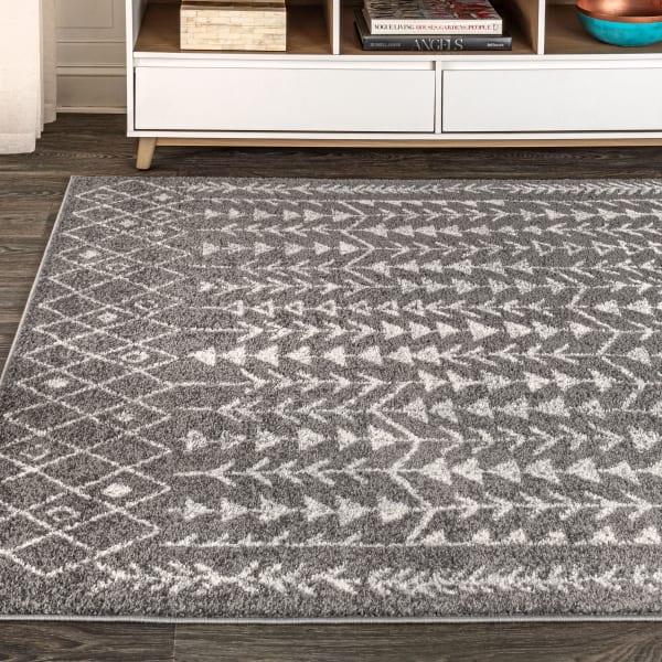 Moroccan Geometric Grey/Cream 5' x 8' Area Rug