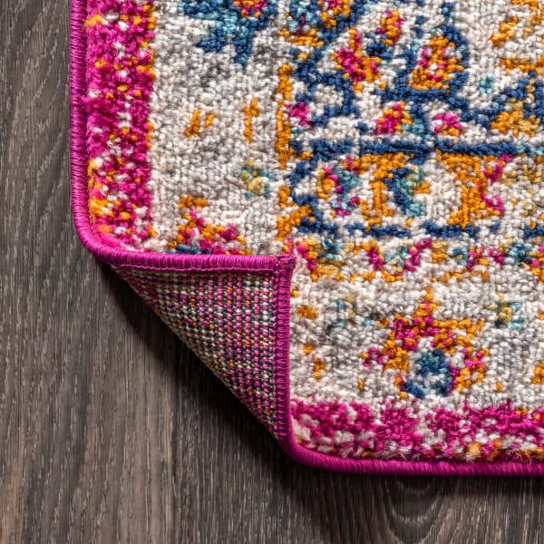 Bohemian FLAIR Boho Vintage Medallion Pink/Cream 3' x 5' Area Rug