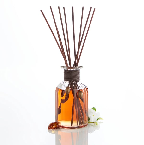 Pier 1 Reed Diffuser Amber Musk 10oz