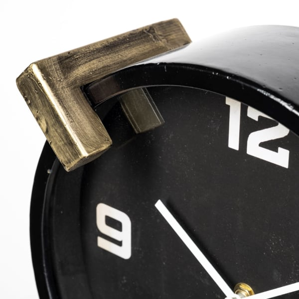 Agar Round Black Metal Table Clock